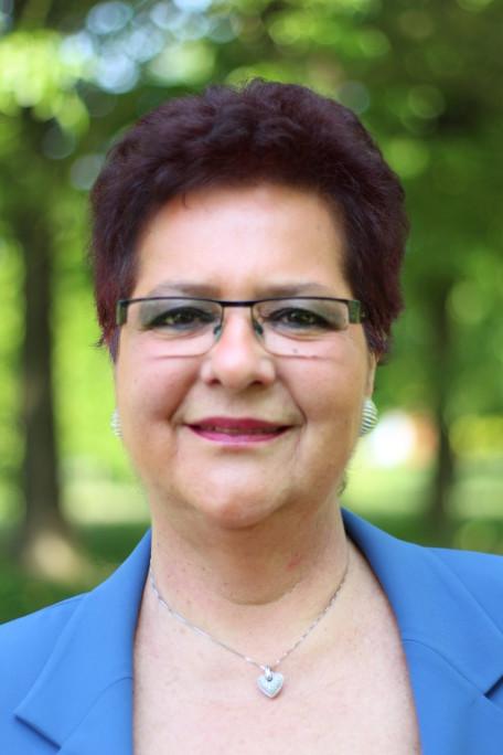 ANNA CARLA FASSINA Assessore al Bilancio, Personale, Terza età